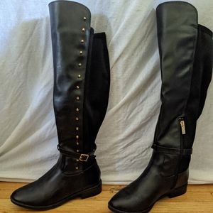Shoes - Knee high Black Boots